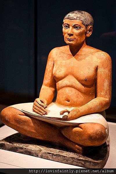 640px-Seated_Scribe_Full