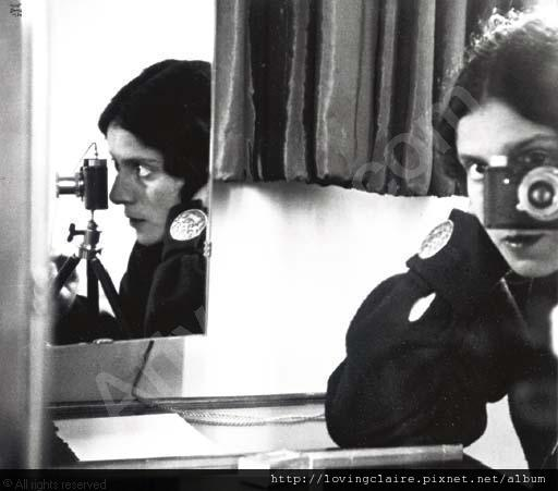 bing-ilse-1899-1998-usa-self-portrait-with-leica-2074669