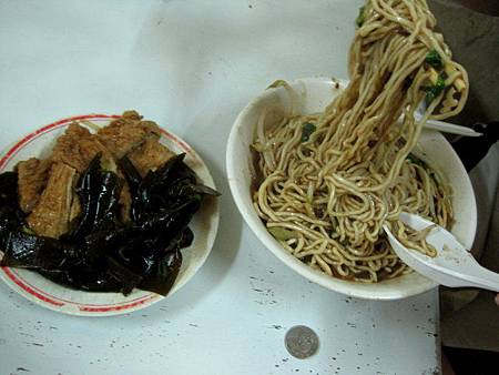 中和連城路菜市場汕頭麵.jpg
