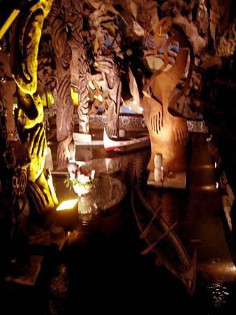 內湖景點-美麗華旁-雕塑建築-五角船板餐廳 468.jpg
