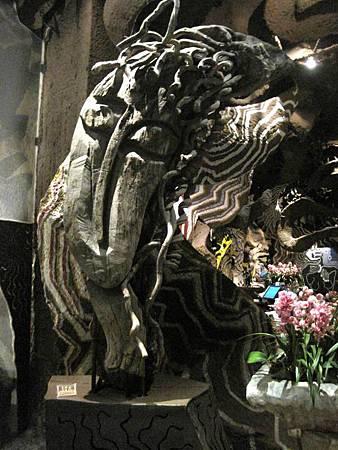 內湖景點-美麗華旁-雕塑建築-五角船板餐廳 491.jpg