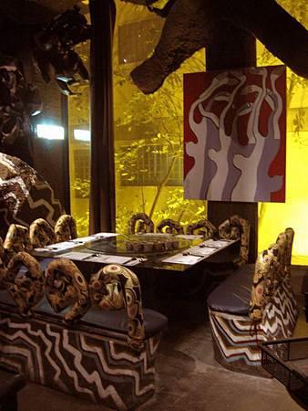 內湖景點-美麗華旁-雕塑建築-五角船板餐廳 475.jpg