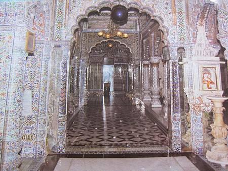 印度景點-加爾各答-耆那教寺廟_f527.JPG