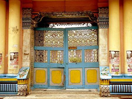 印度景點-加爾各答-耆那教寺廟_f529.JPG