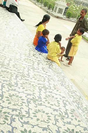 印度景點-加爾各答-耆那教寺廟_f562.jpg