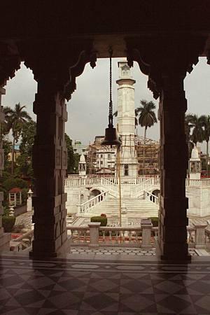 印度景點-加爾各答-耆那教寺廟_f554.jpg