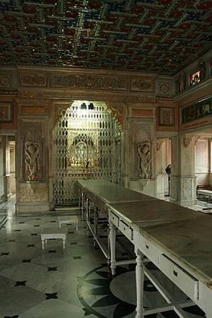 印度景點-加爾各答-耆那教寺廟_f555.jpg