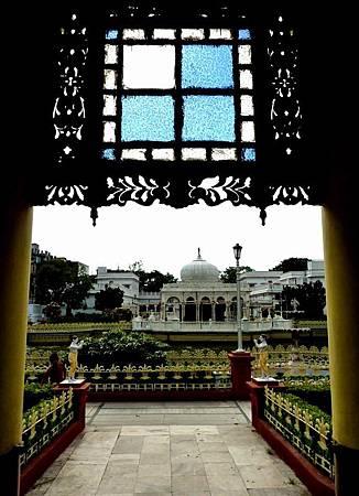 印度景點-加爾各答-耆那教寺廟_f531.JPG