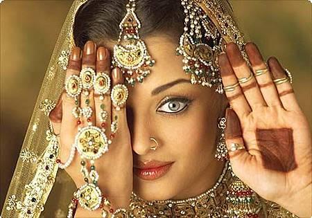 Aishwarya-Rai-3_large.jpg