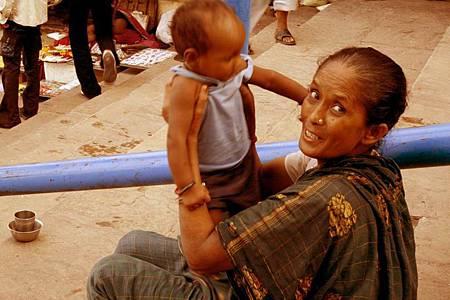 印度瓦拉納西河畔祭典 149.jpg