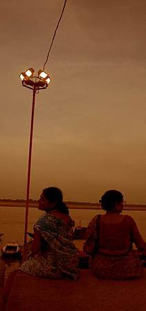 印度瓦拉納西河畔祭典 152.jpg