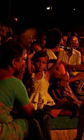 印度瓦拉納西河畔祭典 161.jpg