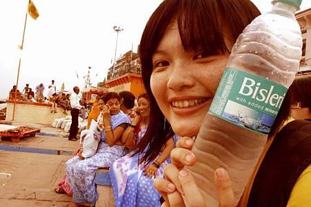 印度瓦拉納西河畔祭典 156.jpg