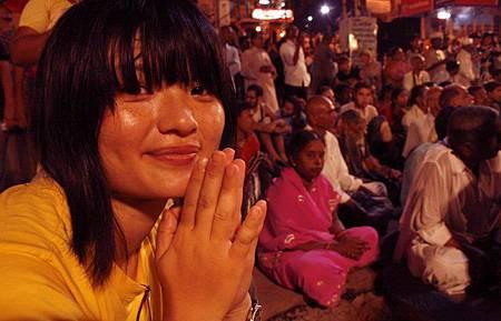印度瓦拉納西河畔祭典 166.jpg