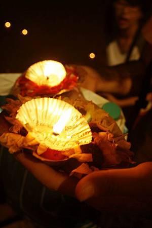 印度瓦拉納西河畔祭典 187.jpg
