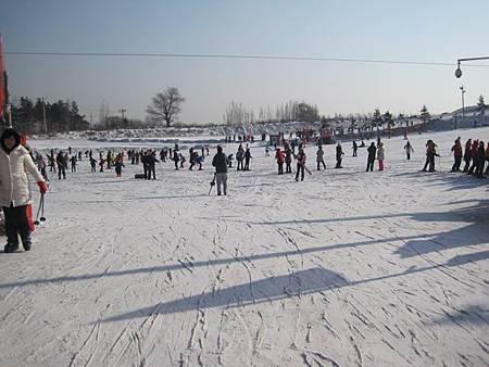 中國東北極凍之旅-哈爾濱滑雪趣-名都滑雪場_1340.JPG