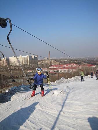 中國東北極凍之旅-哈爾濱滑雪趣-名都滑雪場_1354.JPG