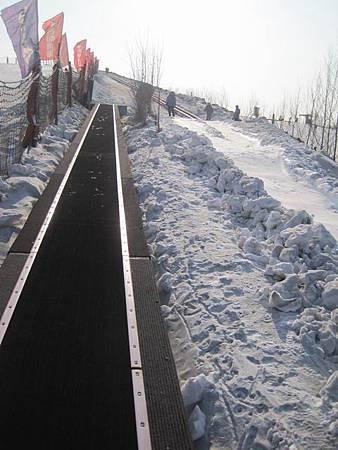 中國東北極凍之旅-哈爾濱滑雪趣-名都滑雪場_1383.JPG