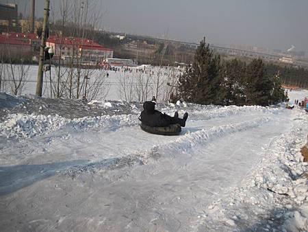 中國東北極凍之旅-哈爾濱滑雪趣-名都滑雪場_1400.JPG