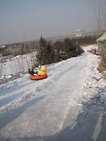 中國東北極凍之旅-哈爾濱滑雪趣-名都滑雪場_1398.JPG