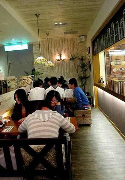 台北美式餐廳-貳樓餐廳-台北車站微風廣場店_4848