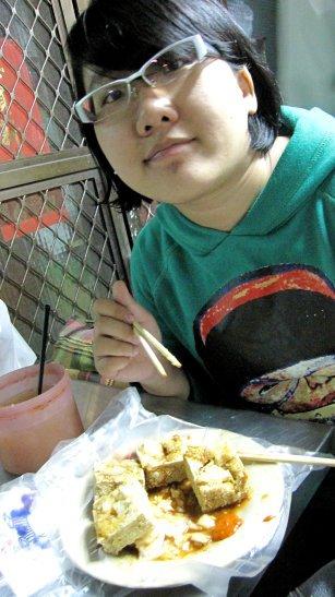 一中街美食-濕潤度與酥炸度恰到好處的臭豆腐