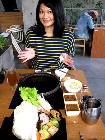 台中美食公益路-【毛森江】經典作【八錢日式鍋物】1