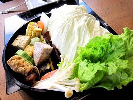 台中美食公益路-【毛森江】經典作【八錢日式鍋物】2