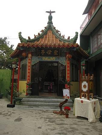 台南鹽水天主堂-全台最特殊的東西合併教堂-0_6.JPG