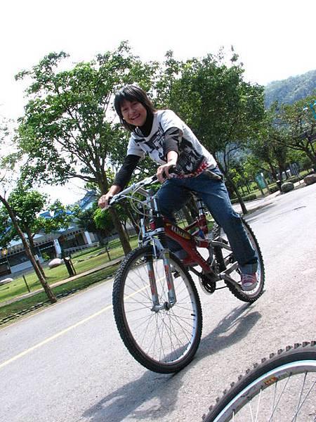 蹓蹓民宿老闆娘的腳踏車