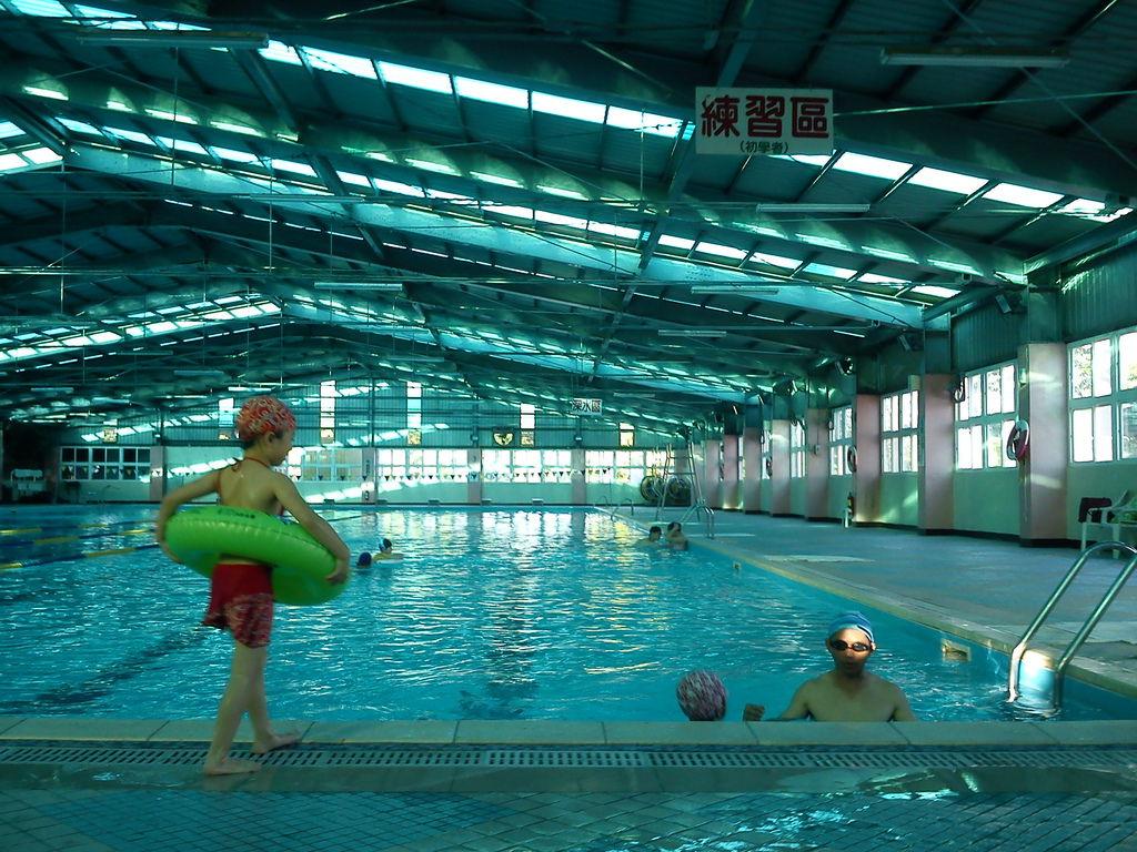 善化游泳池2