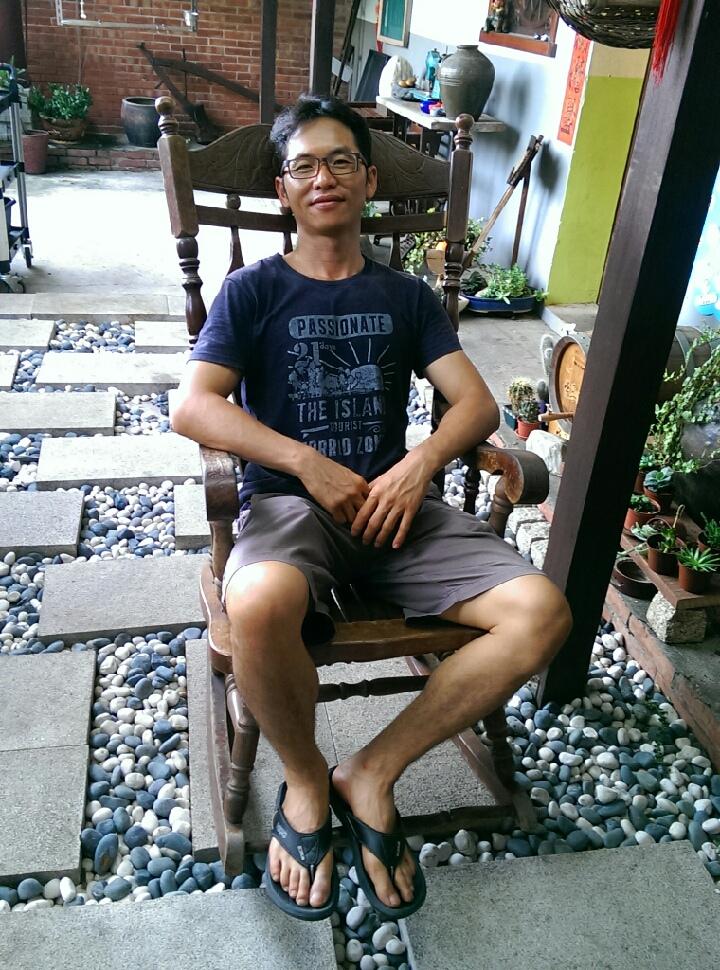 IMAG2012