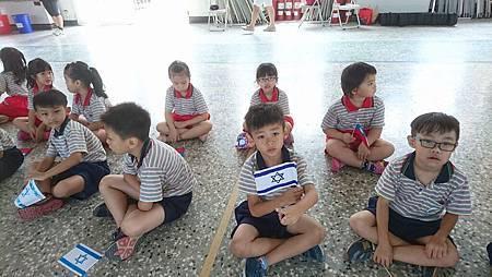 10.13開心歡迎以色列舞團的到來~.jpg