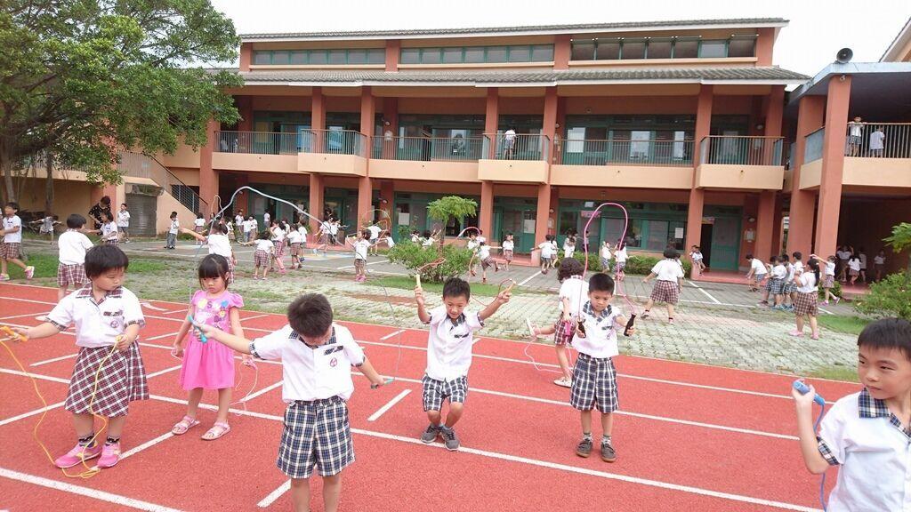 九月九日國民體育日,大家來跳繩.jpg