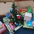 2016.12.20我們的聖誕Party,才藝表演和交換禮物1.jpg