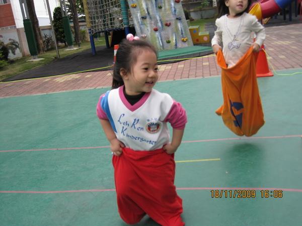 P-20091119103329-5FE.jpg