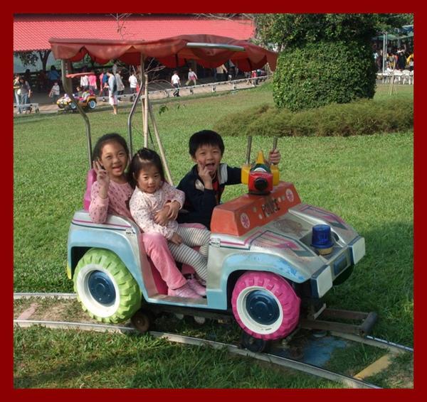 坐車車.JPG