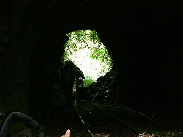 第一個隧道