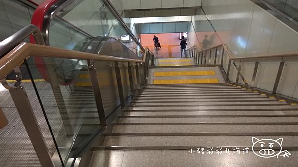 樓梯2.png