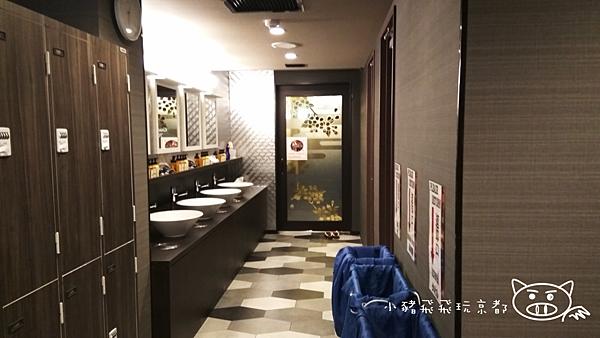 百夫長膠囊旅館9