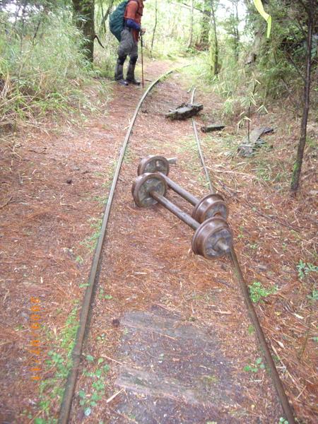 火車車輪嗎.jpg