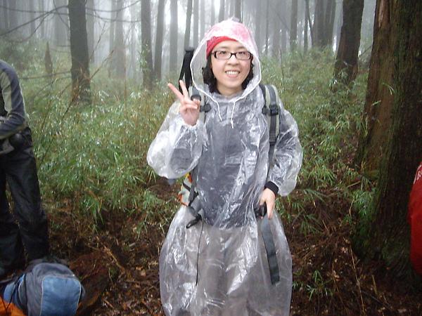 超會反潮的小雨衣.JPG