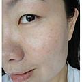 理膚寶水 全護臉部清爽防曬液 加上心機真型粉餅的妝容