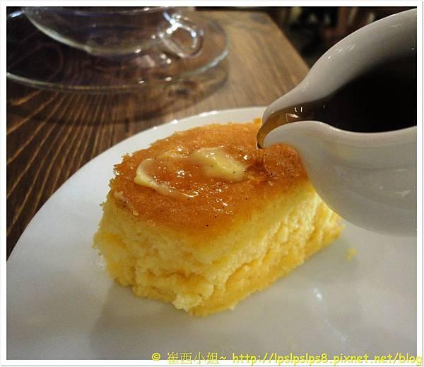 杏桃鬆餅屋 舒芙蕾厚鬆餅 5.JPG