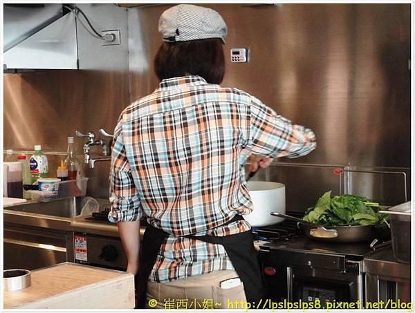 杏桃鬆餅屋 開放式廚房 1.JPG