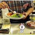 杏桃鬆餅屋 開放式廚房 3.JPG