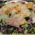 屋馬燒肉 凱薩沙拉2.JPG