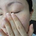 半臉使用活顏鎖時按摩精萃 6.JPG