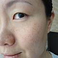 半臉使用活顏鎖時按摩精萃 9.JPG