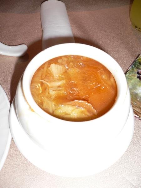 原盅濃湯排翅